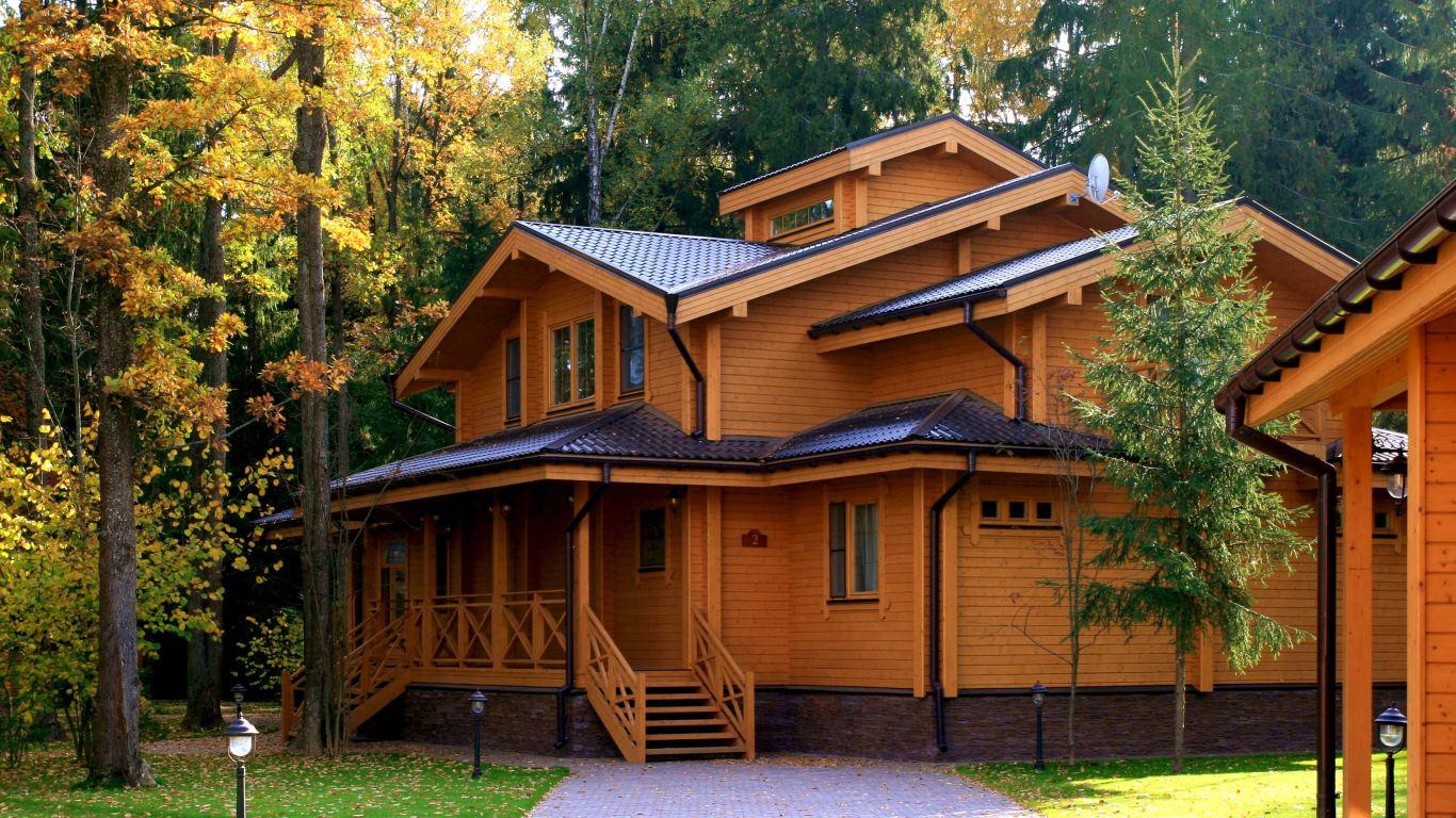 Большой дом из бруса